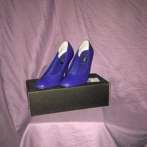 Cami Sapphire pump size 7 1/2
